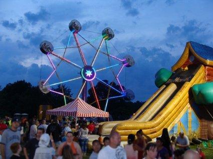 palmetto-amusements-crowd_5